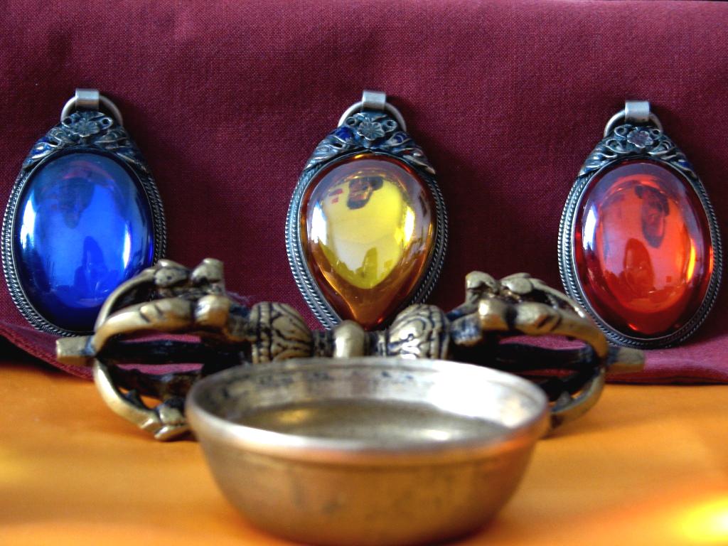 Three Jewels The Buddhist Centre