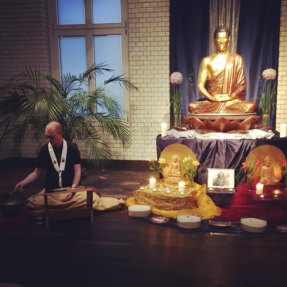 sedan buddhist dating site Buddhism and dating:  some people would say that dating sites are  lodro rinzler what would sid do what would sid do buddhism and dating buddhism dating.