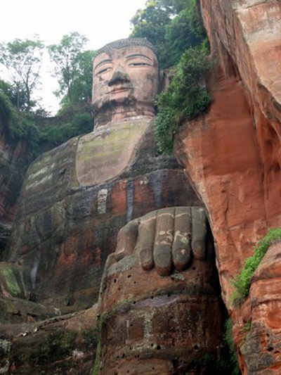 Visiting the Leshan Grand Buddha | The Buddhist Centre