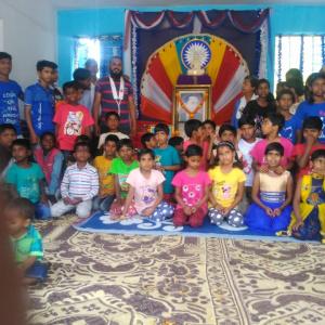 Dh Aryasambhava with childrens