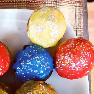 Three Jewels Cupcakes