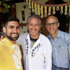 Aryavachin, Padmashalin and Manjusiha in Posada Saraná in the peaceful El Valle, nearby the city of Mérida in Venezuala