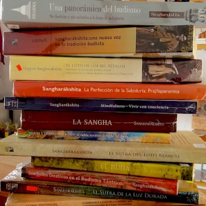 Triratna books in Spanish