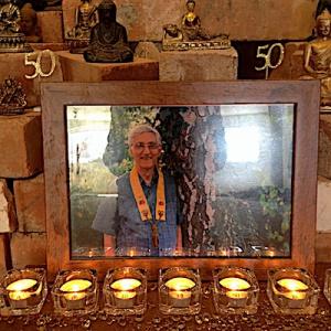 Bhante on the shrine