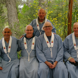 Ratnavyuha with ordinands at Guhyaloka 2018