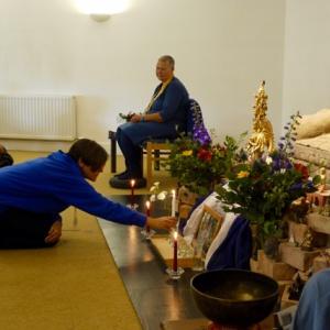 Hadayasiri making offerings
