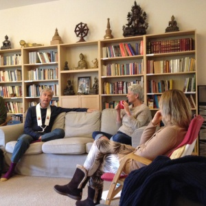 Ratnaguna and retreatants discussing our practice