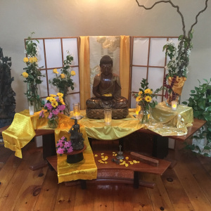 The Portsmouth Buddhist Centre, U.S., celebrated Buddha day with Aryaloka Buddhist Centre