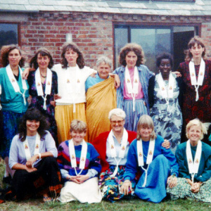 Public Ordinations at Taraloka, September 1989. Back row: Muditasri, Silaprabha (now resigned), Maitreyi, Sanghadevi, Ratnasuri, Srimala, Jayadevi, Kalyanaprabha and Ratnadharini. Front row: Anoma, Anjali, Vajrasuri, Vajragita and Ashokashri - the team for the ordination retreat.