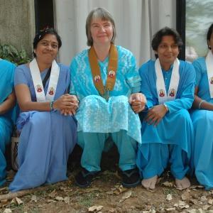 Public Preceptor Karunamaya with the women she privately ordained - Pasadajyoti, Shuddhavajri, Abhayajyoti, Sujana