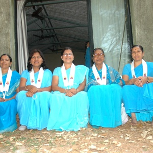 Private Preceptor Vijaya (centre) with the women she privately ordained - Padmalochana, Anomashuri, Amoghadarshini, Vajradharini, Aryavati, Aryavajri