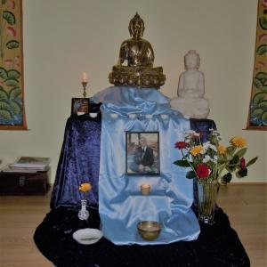 L'autel avec le nouveau Bouddha