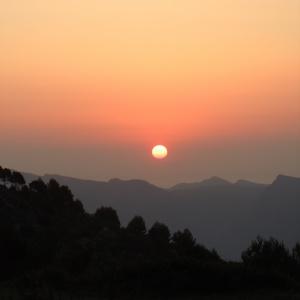 Lever du soleil à Guhyaloka
