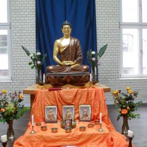 Schrein am Buddhatag 25. Mai 2013
