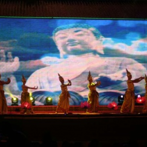 Thai dancers and psychedelic Buddha