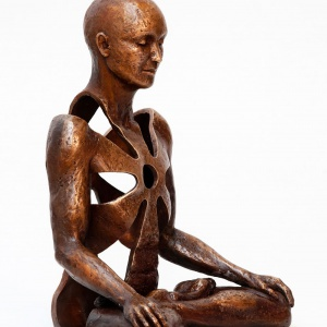 An interview with Sukhi Barber, sculptor in Bronze
