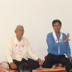 Aryaketu giving talk at the time of Send-off program.