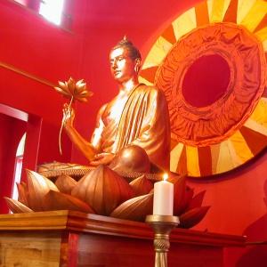Birmingham Buddhist Centre shrine