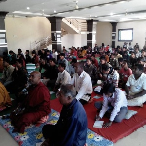 retreatants listen to a Dhamma talk on the Bolangir retreat
