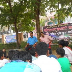 Tejadhamma introducing Aryaketu